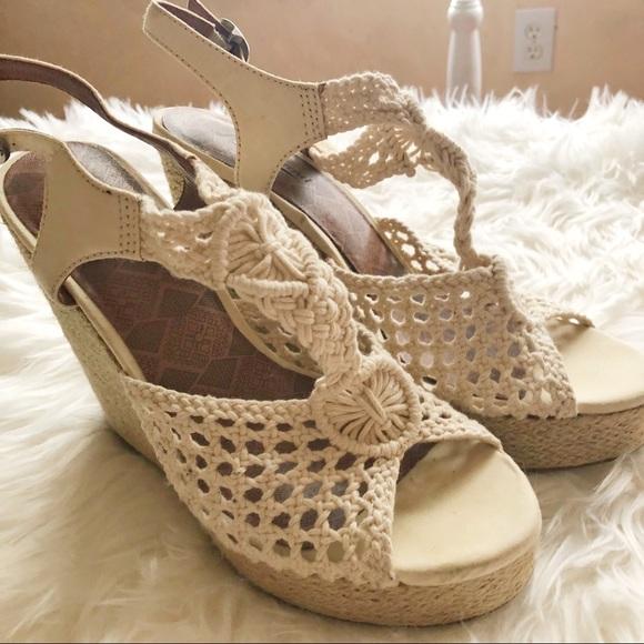 5e12007b658 Lucky Brand Shoes - Lucky Brand Oatmeal Wedge Sandals Crochet. 9.5
